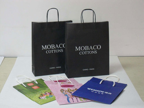 How to improve the gloss of the paper bag during the printing process.